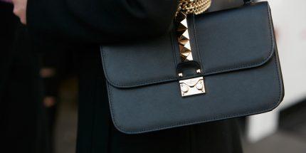 How to recognize an original Valentino Rockstud bag